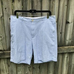 Vineyard Vines seersucker blue white club short 34